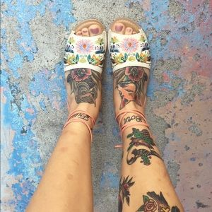 Super cute floral embroidered lace up sandals